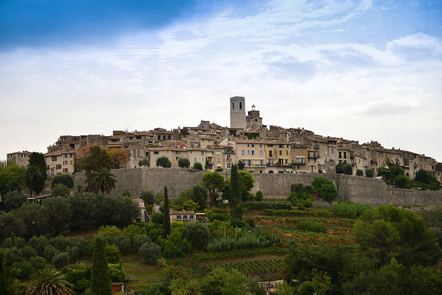 the-wall-at-st.-paul-de-vence