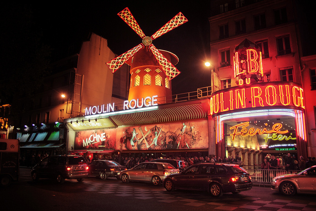 moulin-rouge-night