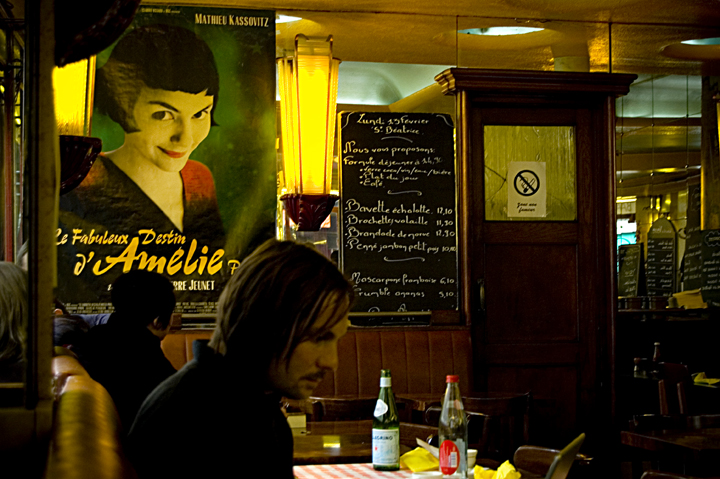 Montmartre Cafe from Amelie, near a rental from Paris Nice Vacations